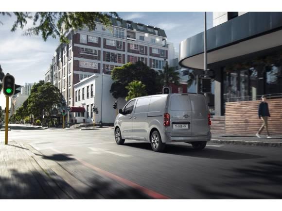Peugeot e-Expert, Citroën ë-Jumpy y Opel Vivaro-e: similitudes y diferencias