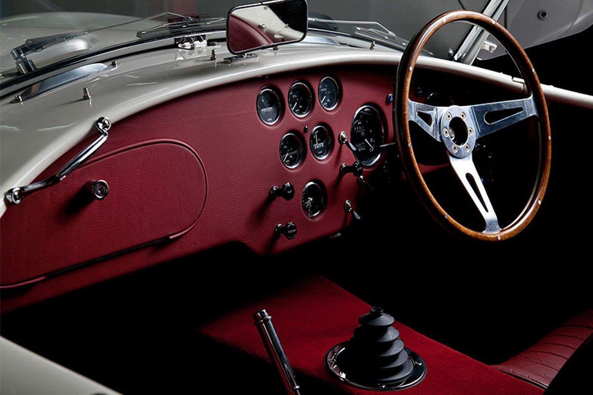AC Cobra Series 1 electric