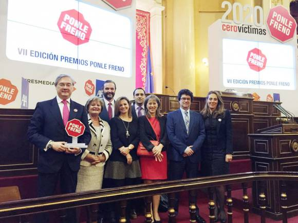 Fundación CEA, premiada por sus Cursos para superar la Amaxofobia