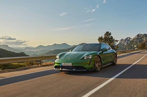 El Porsche Taycan duplicará su objetivo de ventas para 2021
