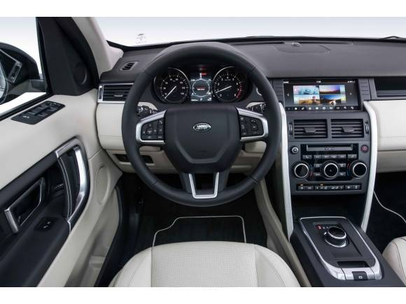 Nuevo Land Rover Discovery Sport: más acabados y multimedia