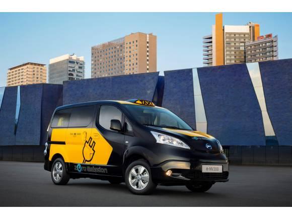 Los taxis de Barcelona se hacen eléctricos con el Nissan e-NV200