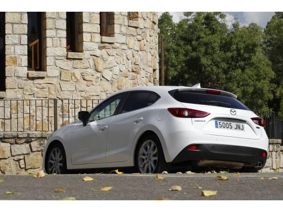 Prueba Mazda 3 SKYACTIV-D: ¿qué diésel compro, 105 o 150 CV?