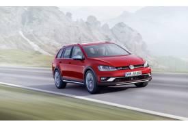 Volkswagen Golf Alltrack, el Golf llega vestido de campo a París