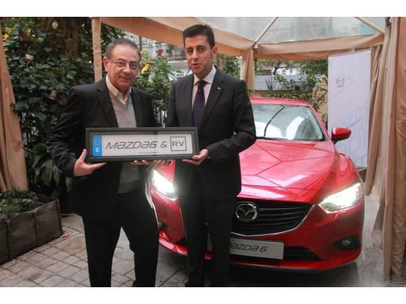 Video: Roberto Verino nuevo embajador del Mazda 6
