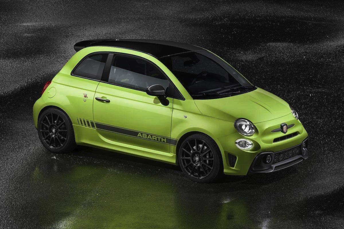 2020 Fiat 500 Abarth Wallpaper