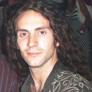 Miguel Colás